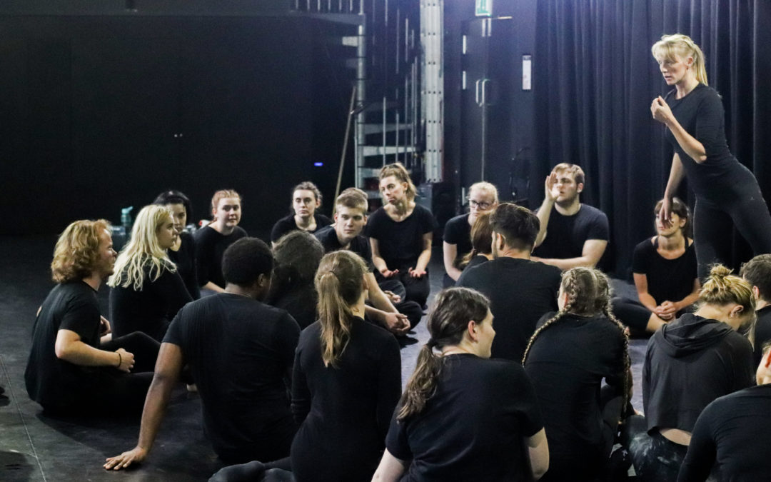 Five reasons to chose a one-year actor training programme